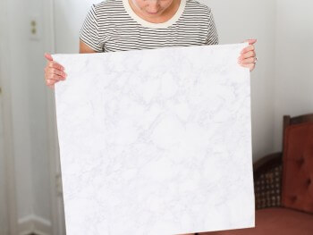 Make Your Own Faux Marble Backdrop