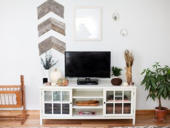Home Tour: 5 Tips for Decorating for Fall on a Budget