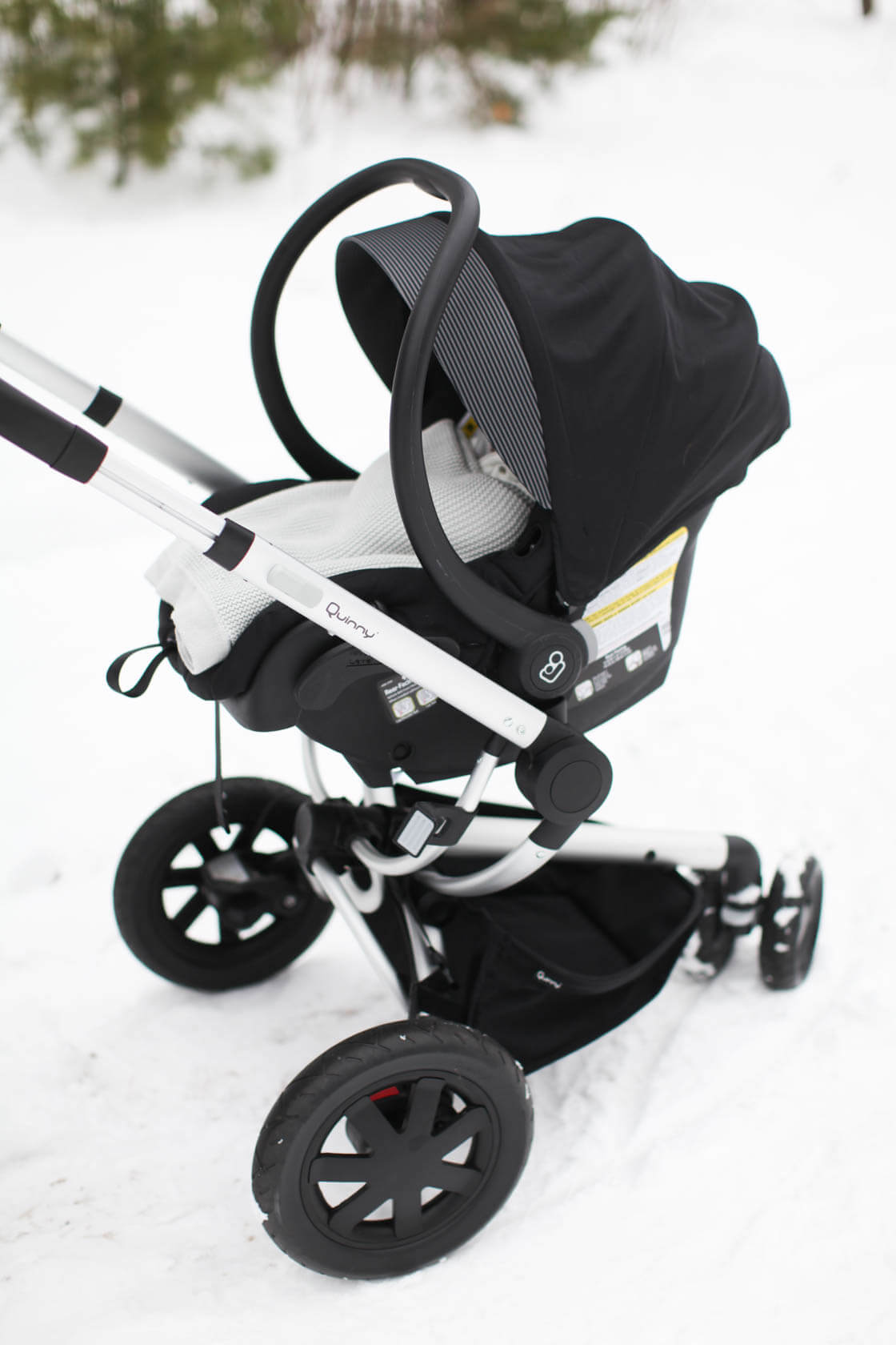 Our Car Seat and Stroller Combo - Samantha Elizabeth