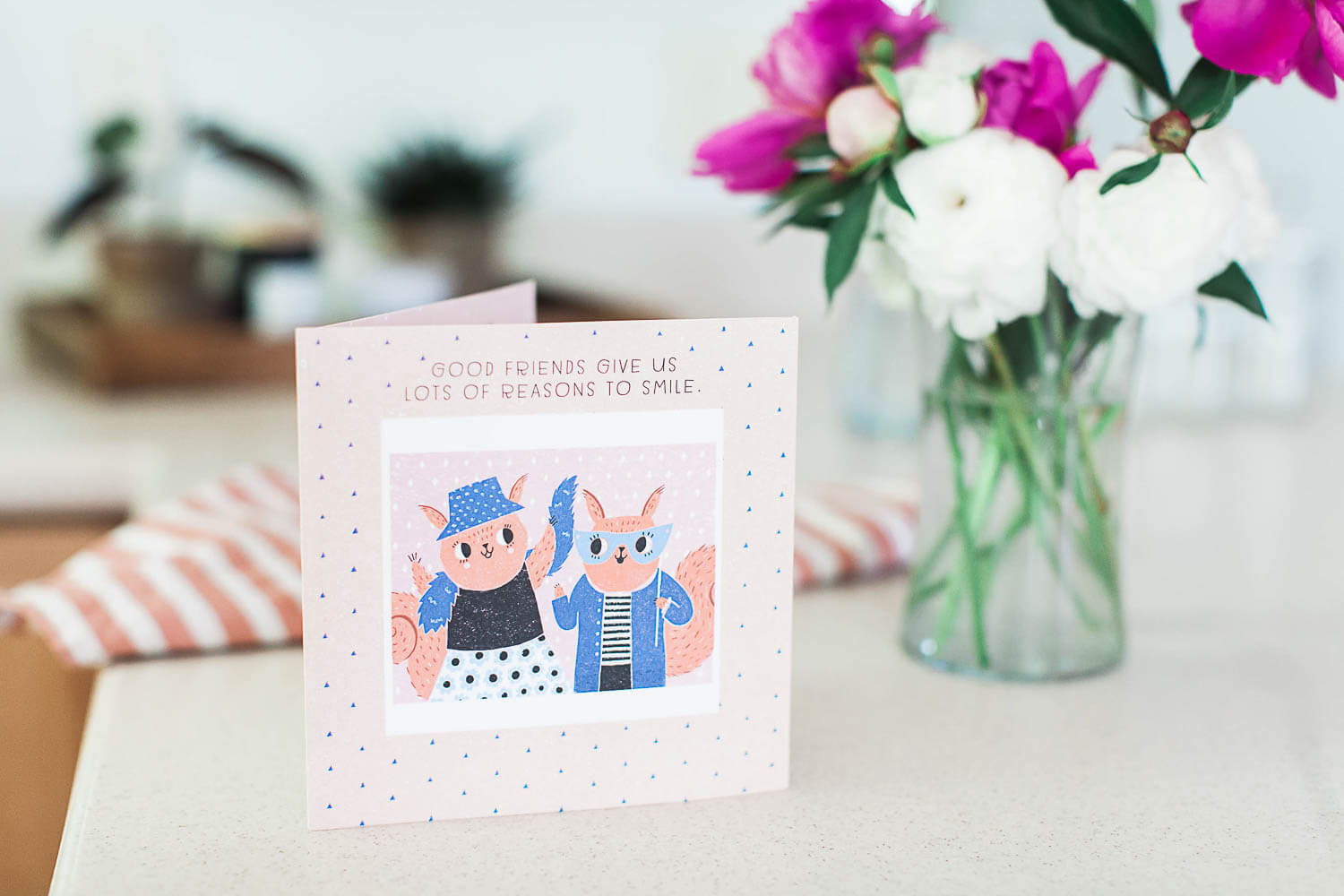 A Simple Way To Celebrate Your Friends With Summer Greeting Cards At